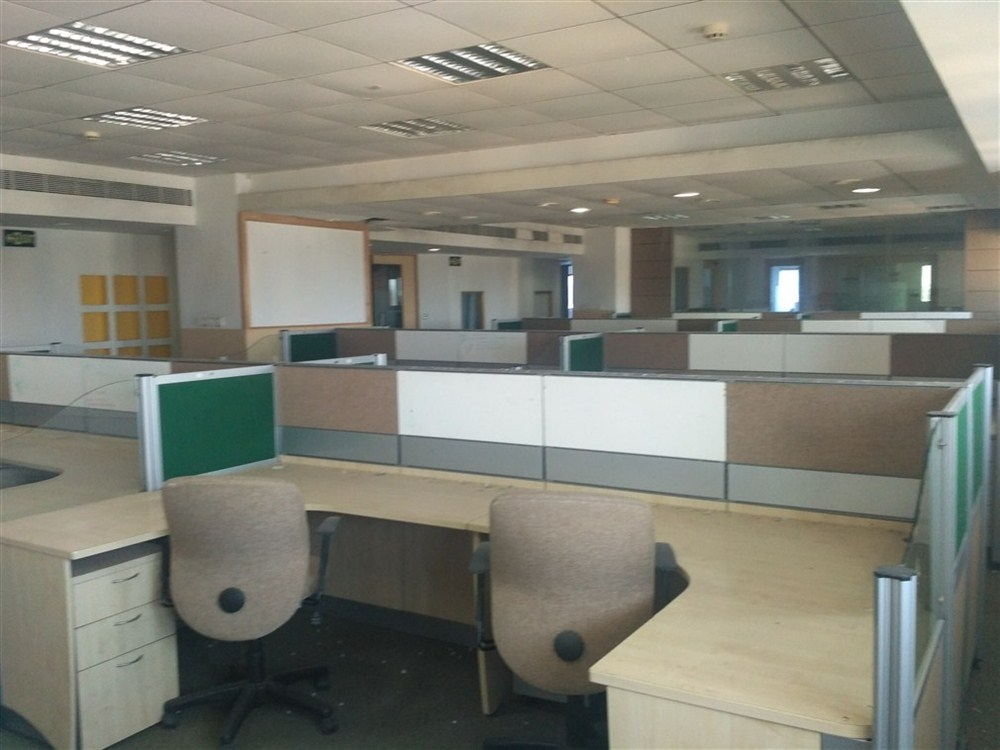 3200 sqft fully furnished office for rent in T