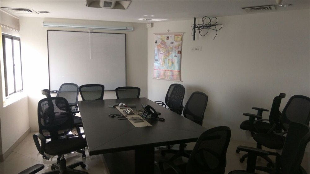 Office for rent in spencer plaza chennai (8)